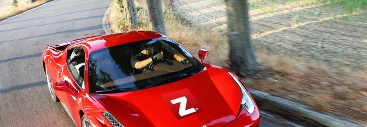 Presentkort i kör Ferrari i 40 km