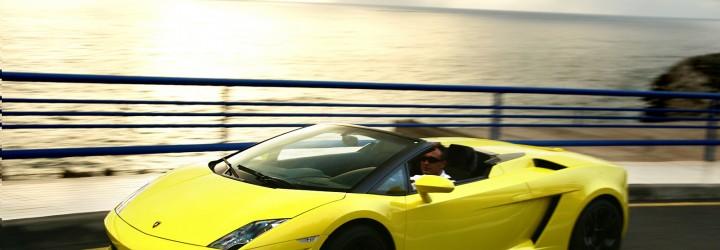 Underbar körtur i en Lamborghini