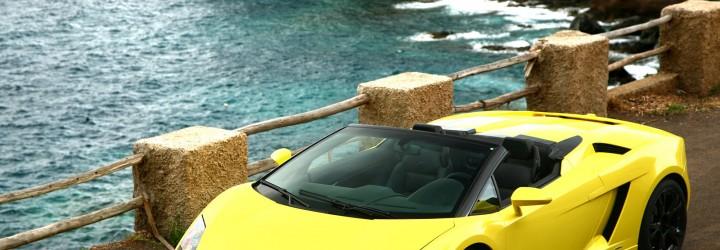 En lång körtur i en Lamborghini